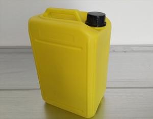 塑料桶的标签贴制方法